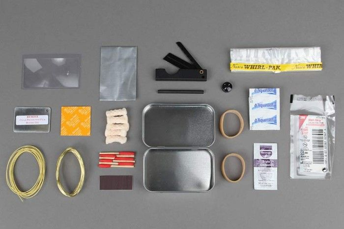 ITS Mini Survival Kit (MSK) - The ITS Mini Survival Kit is our solution for a small pocket-sized survival kit which is based on years of evaluating and tweaking the contents we feel belong, yet keeping it minimal and cost efficient. http://itstac.tc/1d6PnQ1