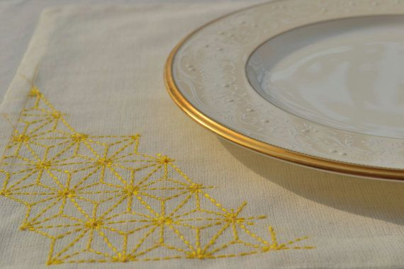 set of 4 linen blend placemats with Sashiko hemp leaf pattern embroidered on it…