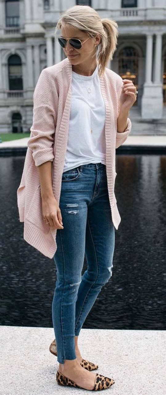 what to wear with blush pink cardi : white tee + rips + loafers