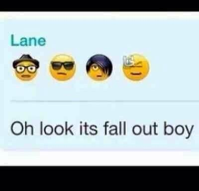 I Was Trying To Skype My Friend Last Night And I Saw The Emo Emoji Thing And I Almost Sent It To Her And Said Hey Look Fall Out Boy Emo