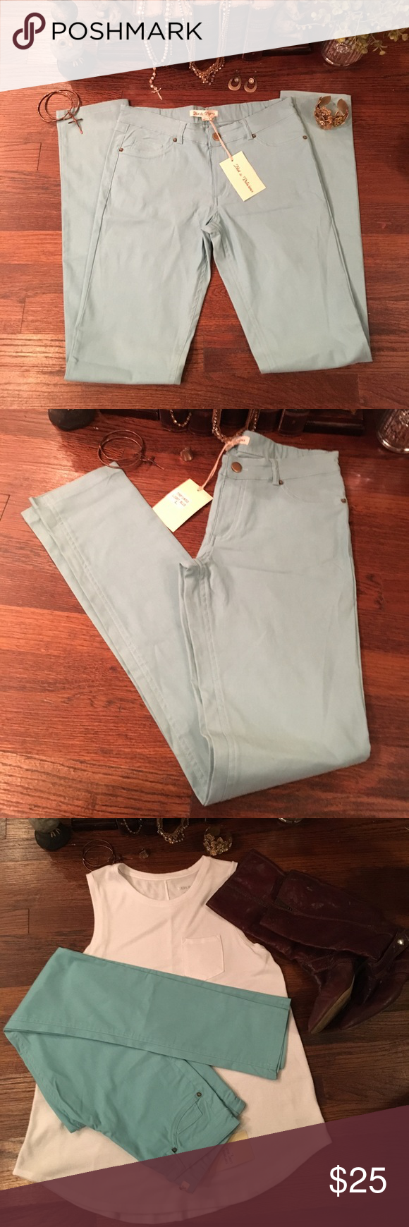 Hot & Delicious Light Blue Skinny NWT Light Blue Hot & Delicious Pants Skinny