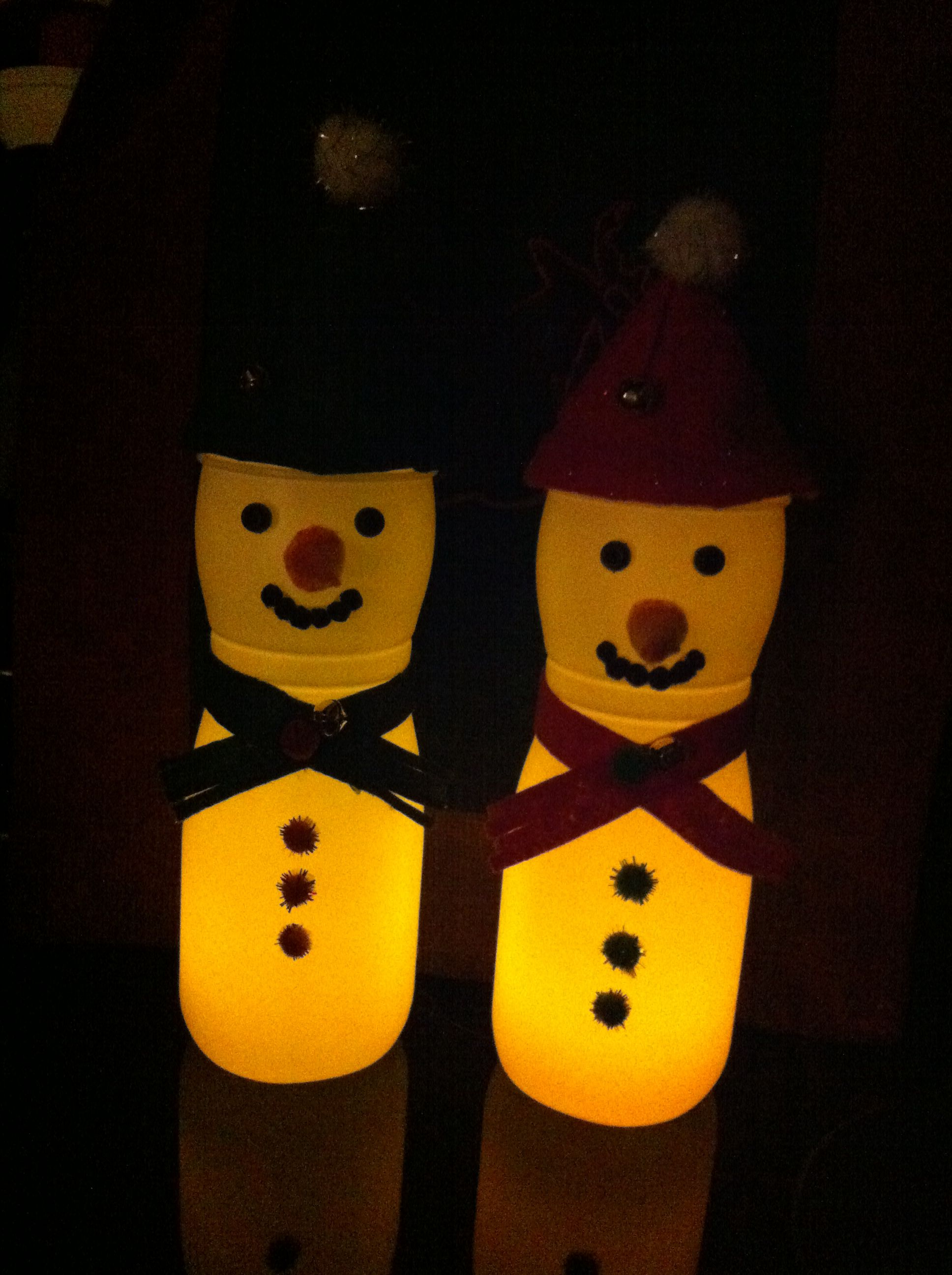 Christmas snowmen puffs container #tidepodscontainercrafts