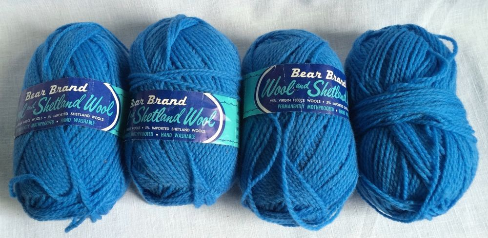 4 Skeins Vintage Wool & Shetland Wool Yarn Bear Brand Blue Mothproof  #Bear