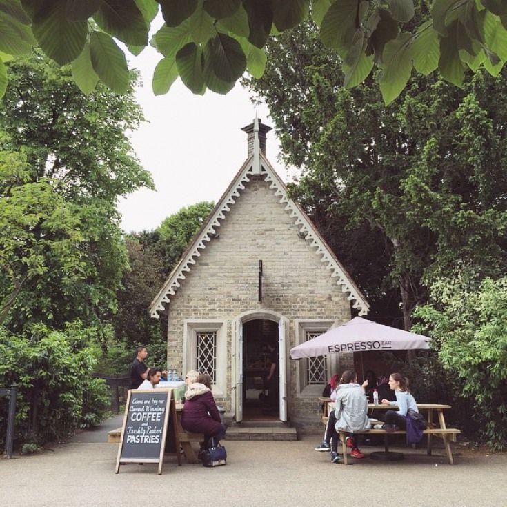 Uno dei più teneri e più piccoli coffeeshop a Londra è in Regent Park   Londonist
