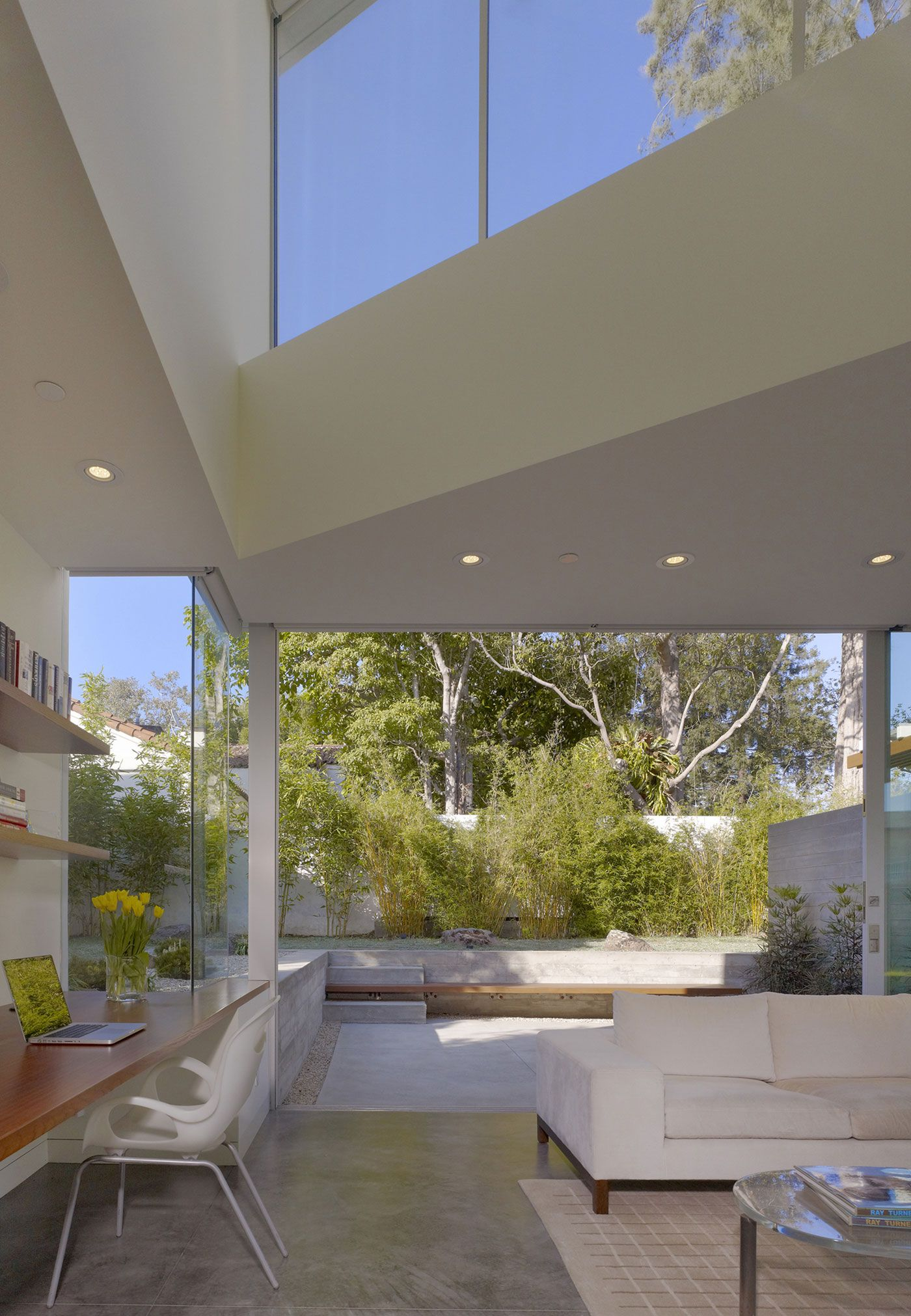 indoor-outdoor living // Ehrlich Retreat + by John Friedman Alice Kimm Architects