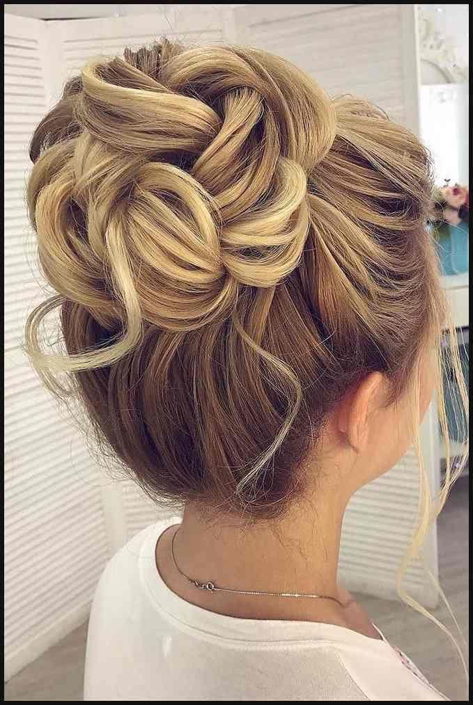 30 Eye Catching Wedding Bun Hairstyles Frisur Hochsteckfrisur Und Einfache Frisuren Hair Styles Wedding Bun Hairstyles Bun Hairstyles