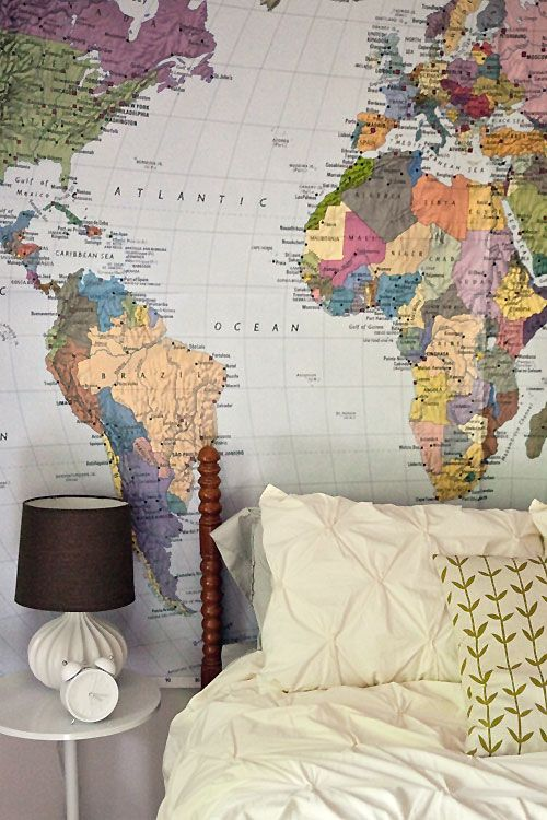 Big World Map In The Guest Room College Apartment Ideas - Big world map for wall