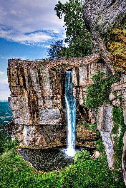 Lover´s Leap by Kay Gaensler on Flickr. Lover´s Leap in Rock City Gardens St. Elmo, Chattanooga, Tennessee. | by kettyschott