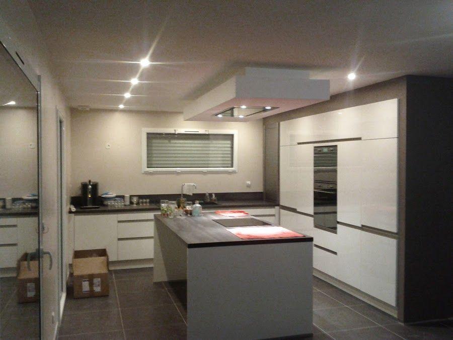 Cuisine 20m2 revêtement peinture - Carvin (Pas De Calais - 62) - novembre 2012