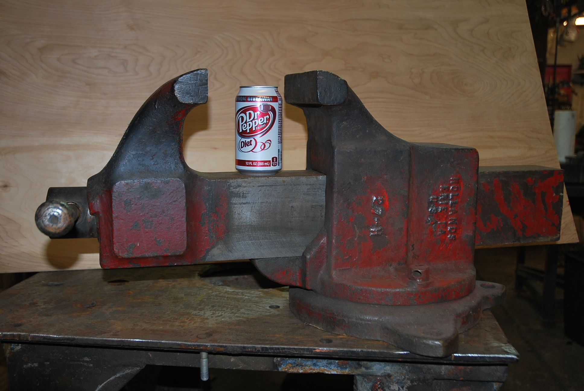 This Is One Of My Vises A Big Guy Hollands 27 H 7 Wide Jaws And Weights In At 220 Lbs Some Day I Will Restore It Bench Vise Vises Bench Vice