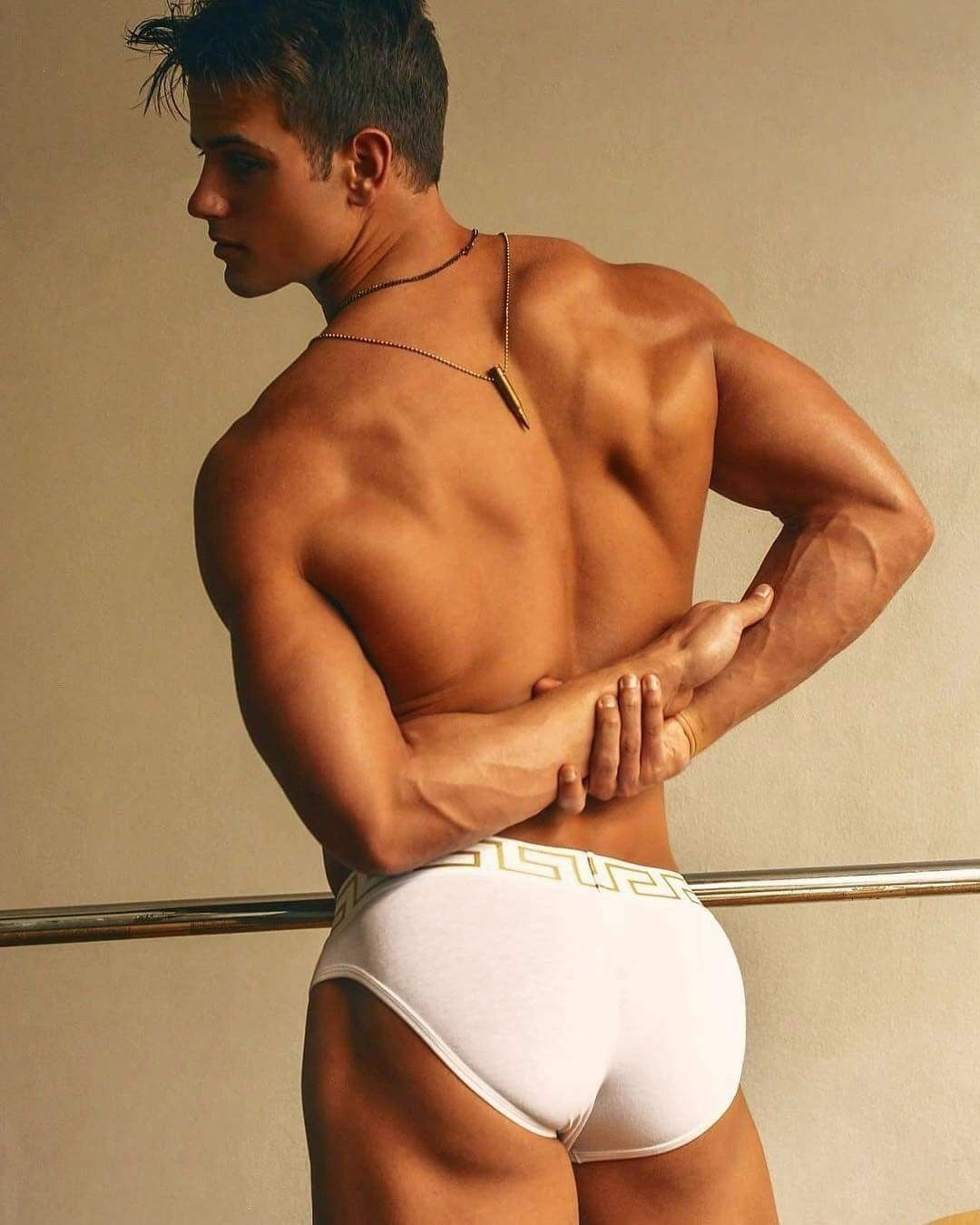 Male Butts In Images