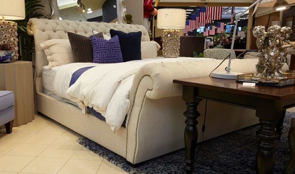 San Marcos Cream Puff Queen Bed Gallery Furniture Bed Furniture