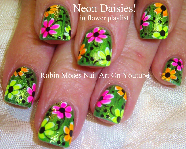 Robin Moses Nail Art: \