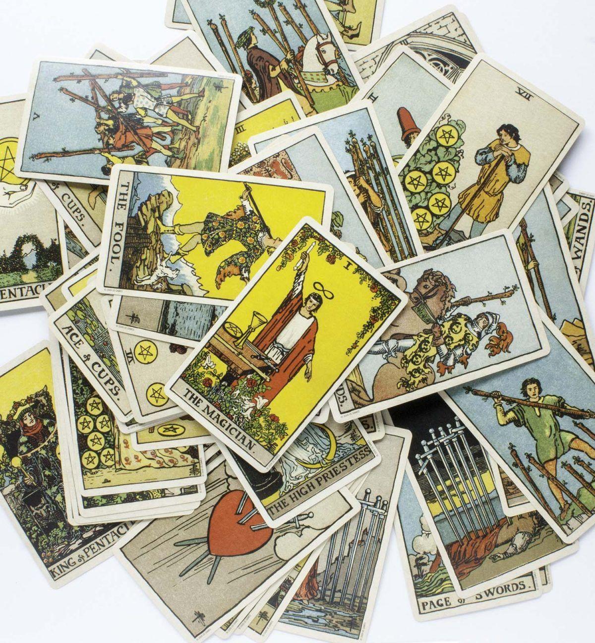how to shuffle tarot cards reversed