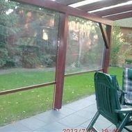windschutz f r ihre terrassen berdachung verl ngern sie die freiluftsaison auf ihrer. Black Bedroom Furniture Sets. Home Design Ideas
