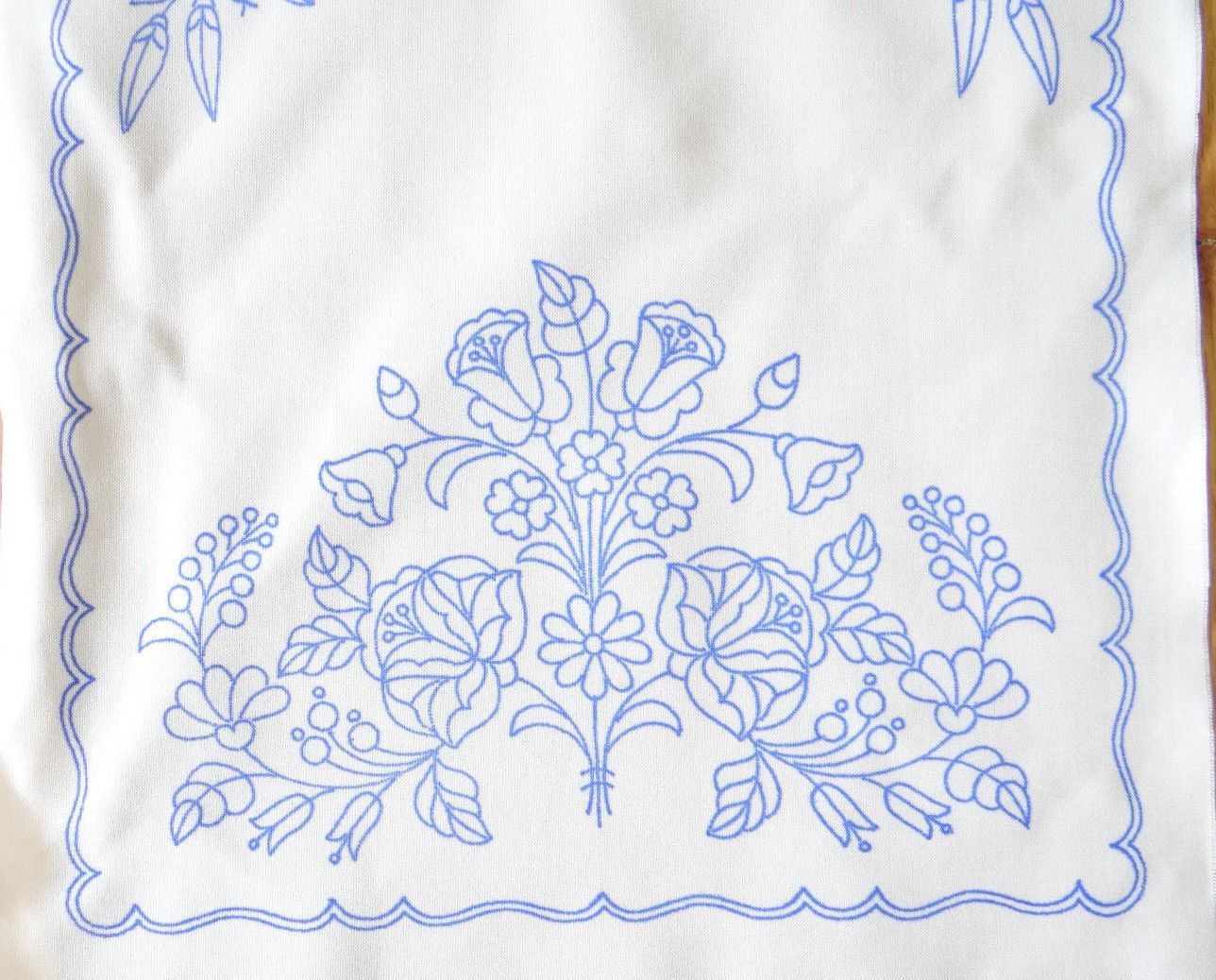 Outline embroidery designs for tablecloth - Embroidery Designs
