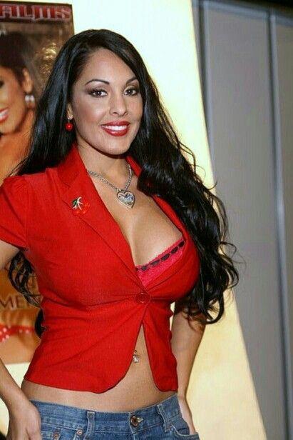 Sexy latina lesbos