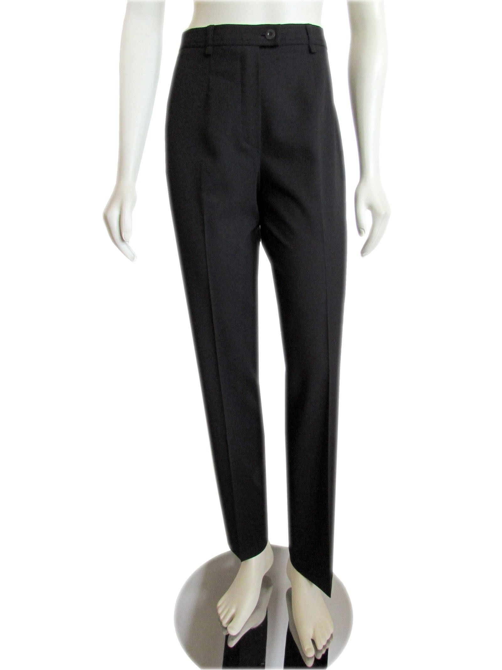 Escada Black Straight Leg Light Weight Wool Pants size 34 / 4 Great basic Escada black straight leg pants, made out of a light weight stretch wool blend material. Pants feature a natural rise with zip fly and extended tab button closure, slim fit through the hips... #Escada #EscadaClothing #EScadaPants #Black #Wool #Authentic #GentlyUsed #PreOwned #Used #designer #Consignment #Resale #ForSale #Sale #OnSale
