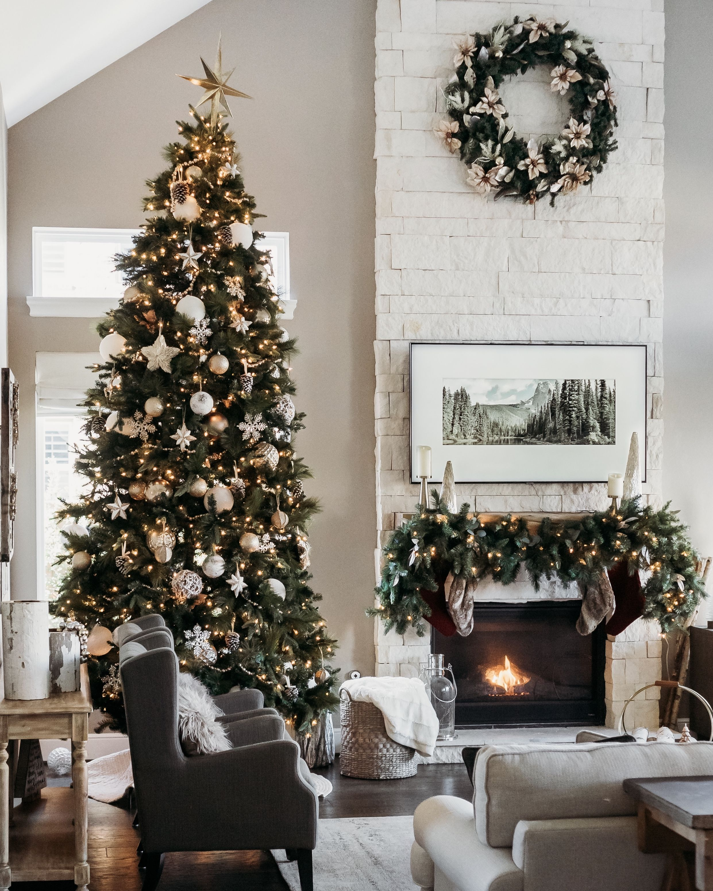 Clean Neutral And Modern Living Room Holiday Decor Diy Christmas Tree Topper Holiday Living Room Decor Farmhouse Christmas Tree Diy Christmas Tree Topper