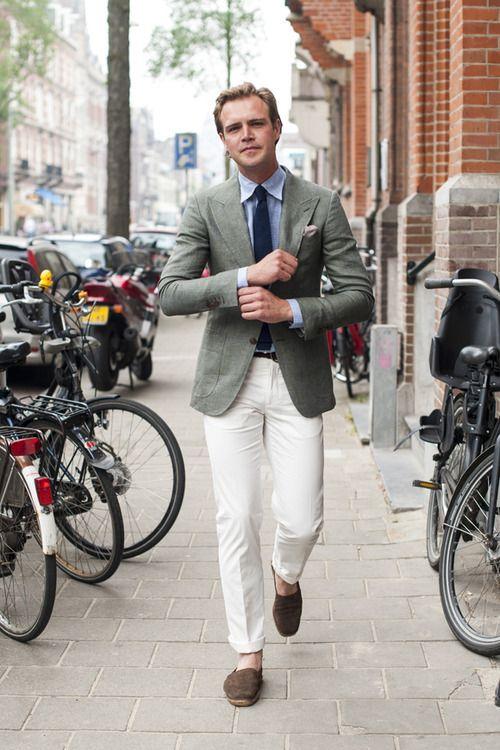 Uma dica: as alpargatas deixam o look mais informal e são ideais para usar durante o dia ;)