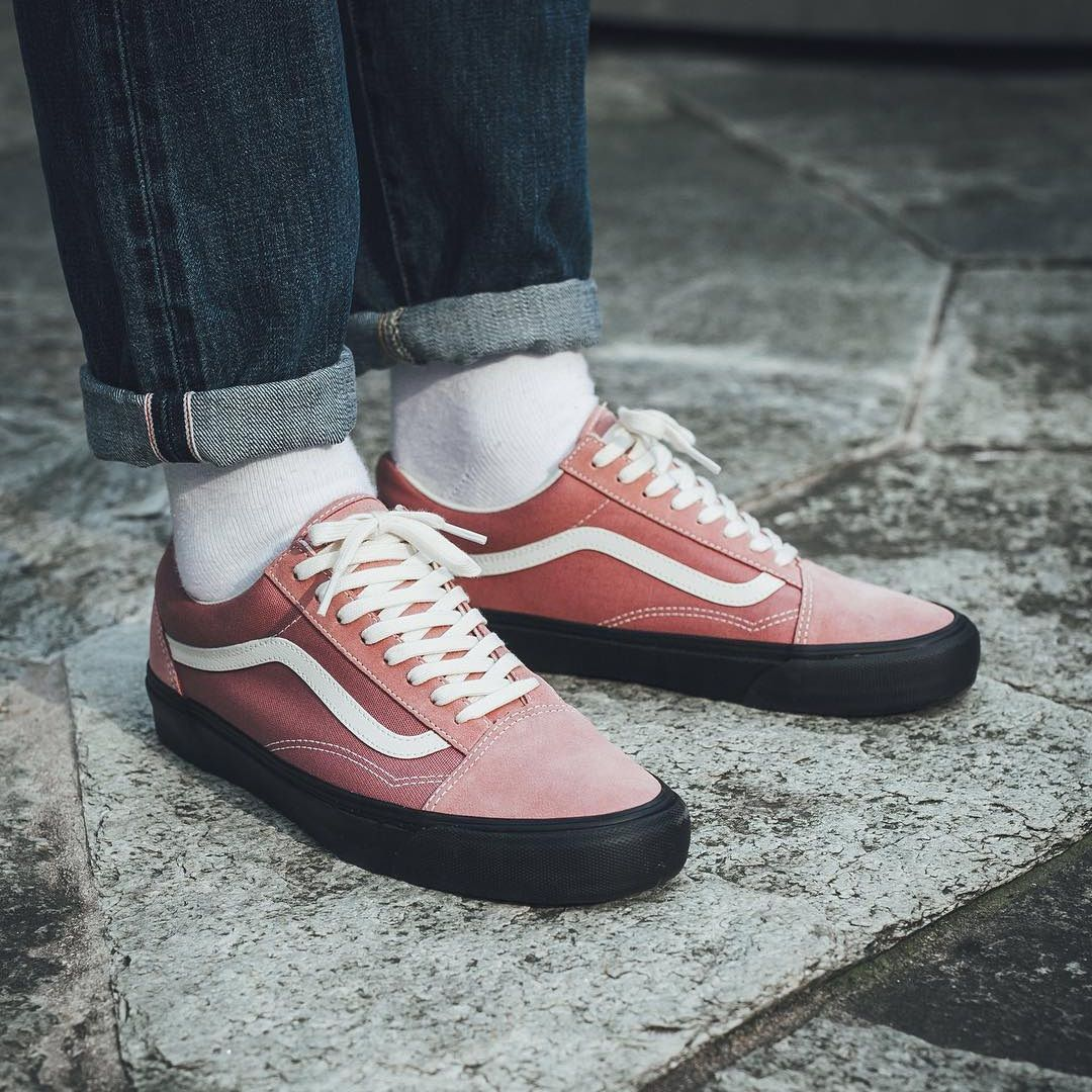 3f45f4f00f08 VANS Old Skool