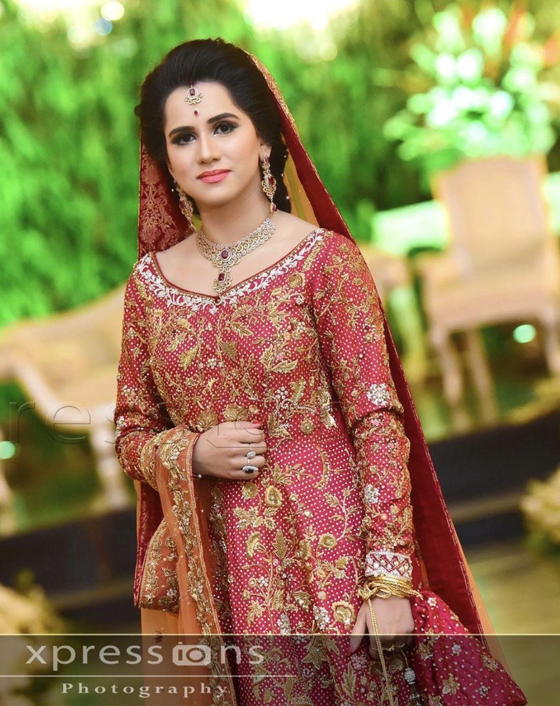 fa1e78f84 Pakistani Bridal Dresses For Barat 2016