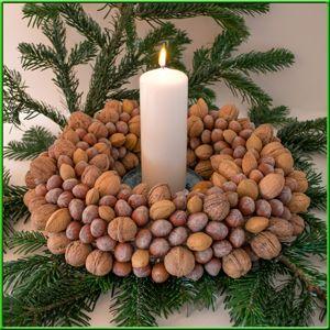 Nusskranz basteln diy pinterest wreaths advent wreaths and craft - Bastelideen advent ...