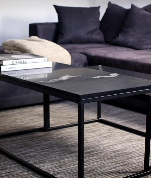 Granieten Tafelblad Te Koop.Zwart Marmer Tafel Set Side Table In 2019 Zwart Marmer
