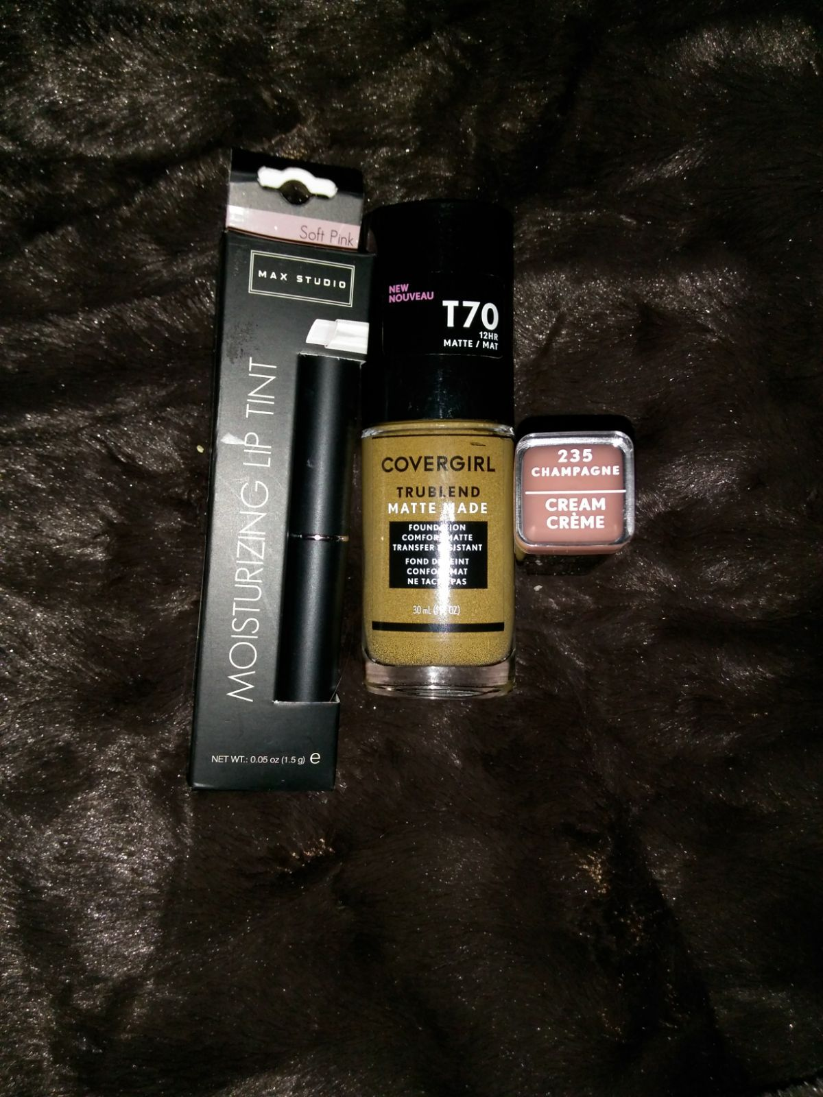 Makeup lot includes Cover Girl Trublend Matte Finish
