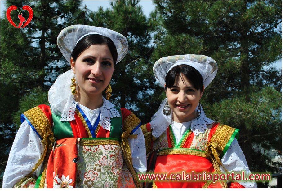 Costume Storico della Sposa di Guardia Piemontese