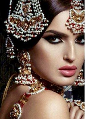 Pin by Anjum Siddiqui🌹 on Aw Asian Brides ☔   Bridal