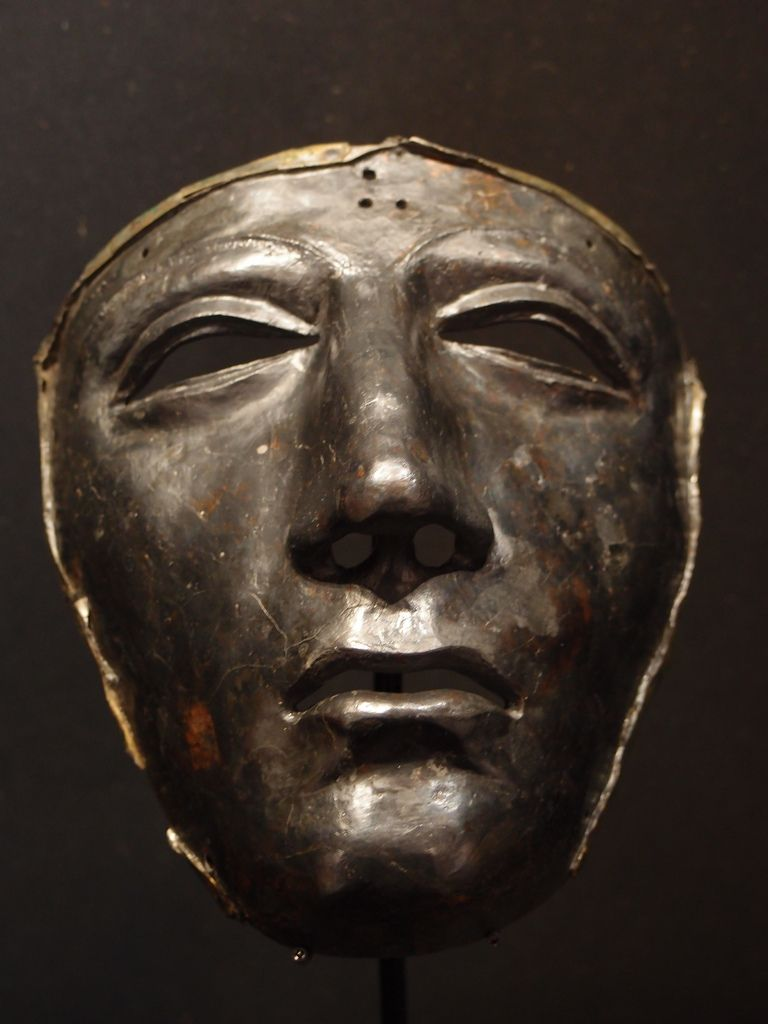 Roman Kalkriese face mask - one of the few artifacts that survived battle of the Teutoburg Forest. In 9th CE 20 000 roman soldiers (3 legions) were wiped out by Germanic tribes. [768x1024]