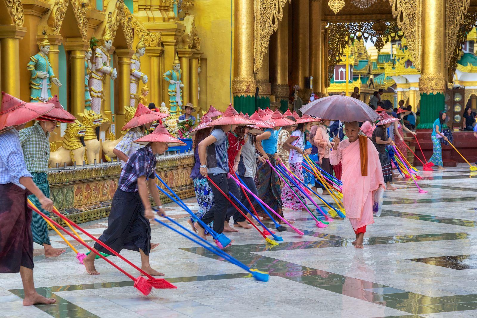 Shwedagon Paya Temple | Flickr - Photo Sharing!
