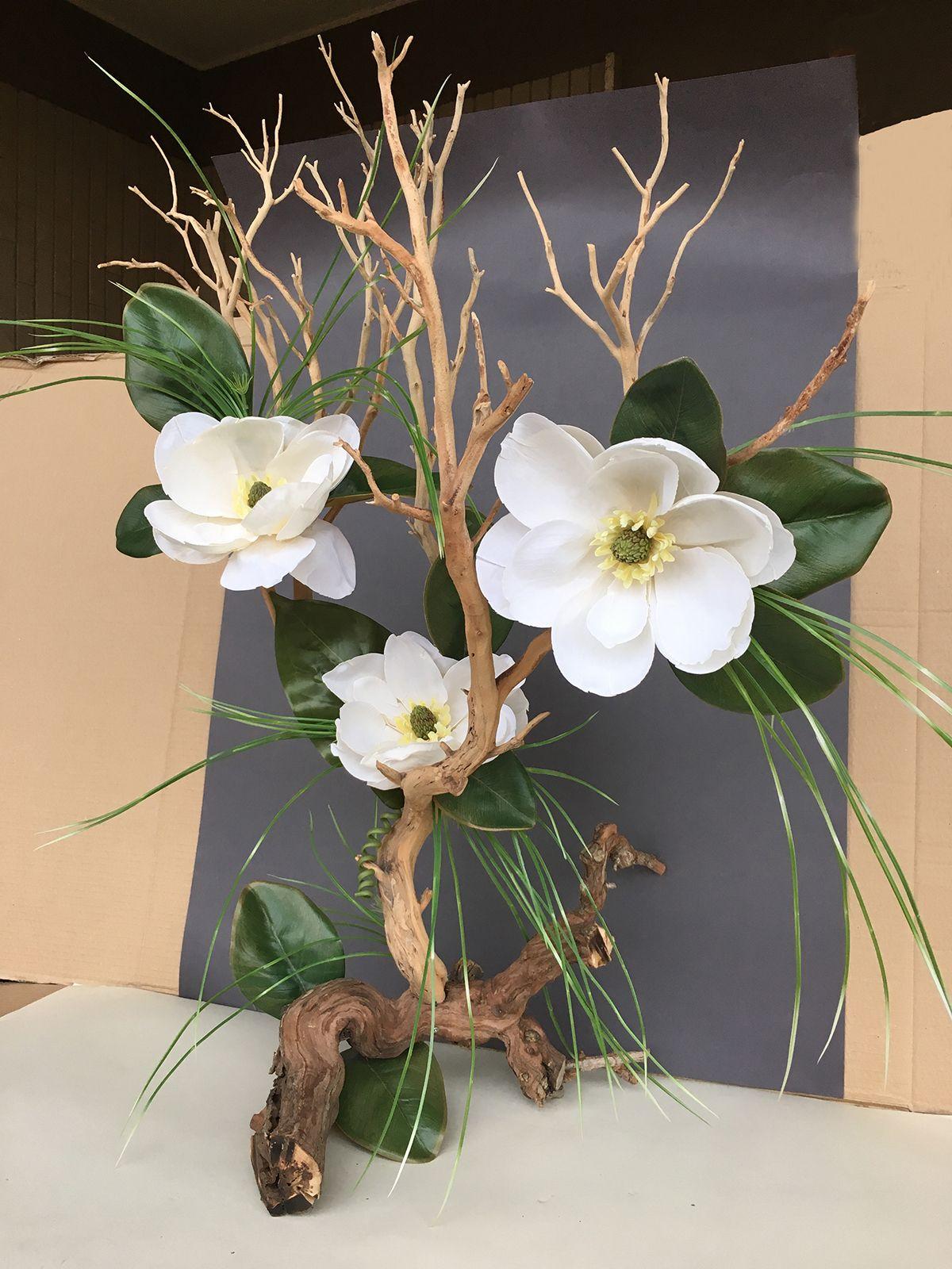 Decorazioni Natalizie Con Foglie Di Magnolia.Ramo Di Manzanite Naturale Con Foglie E Magnolie Artificiali