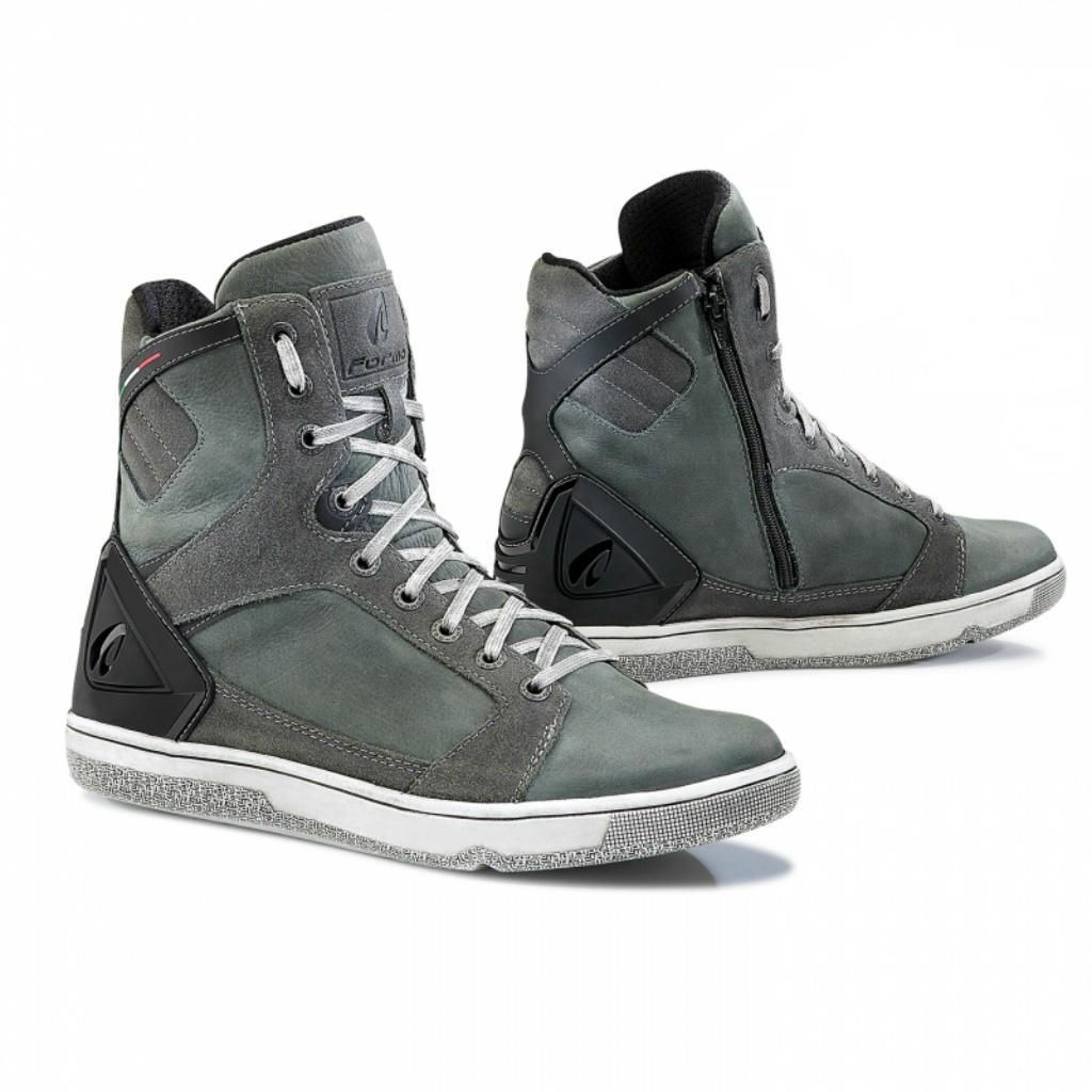 b74796677 Hyper | Motorcycles | Motorcycle shoes, Women's motorcycle boots ...