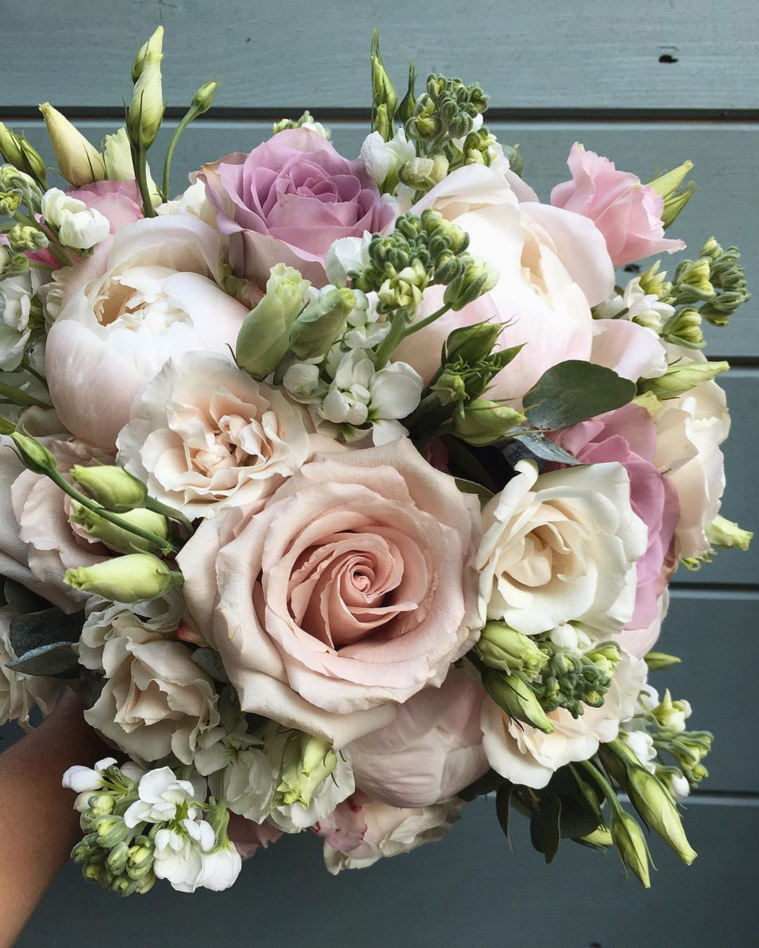 Pin By Isabellarenzi262 Renzi On You Don T Bring Me Flowers Anymore Flower Bouquet Wedding Bridal Flowers Flowers Bouquet