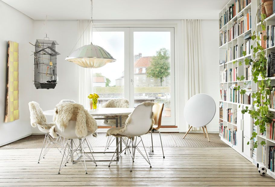Simply charming #dining_room #natural #light_wood #contemporary