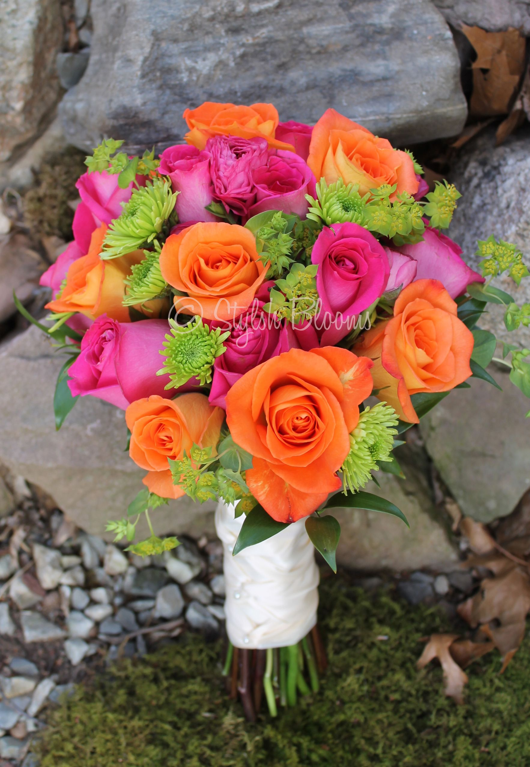 Colorful bouquet of orange roses hot pink roses and kermit mums colorful bouquet of orange roses hot pink roses and kermit mums izmirmasajfo