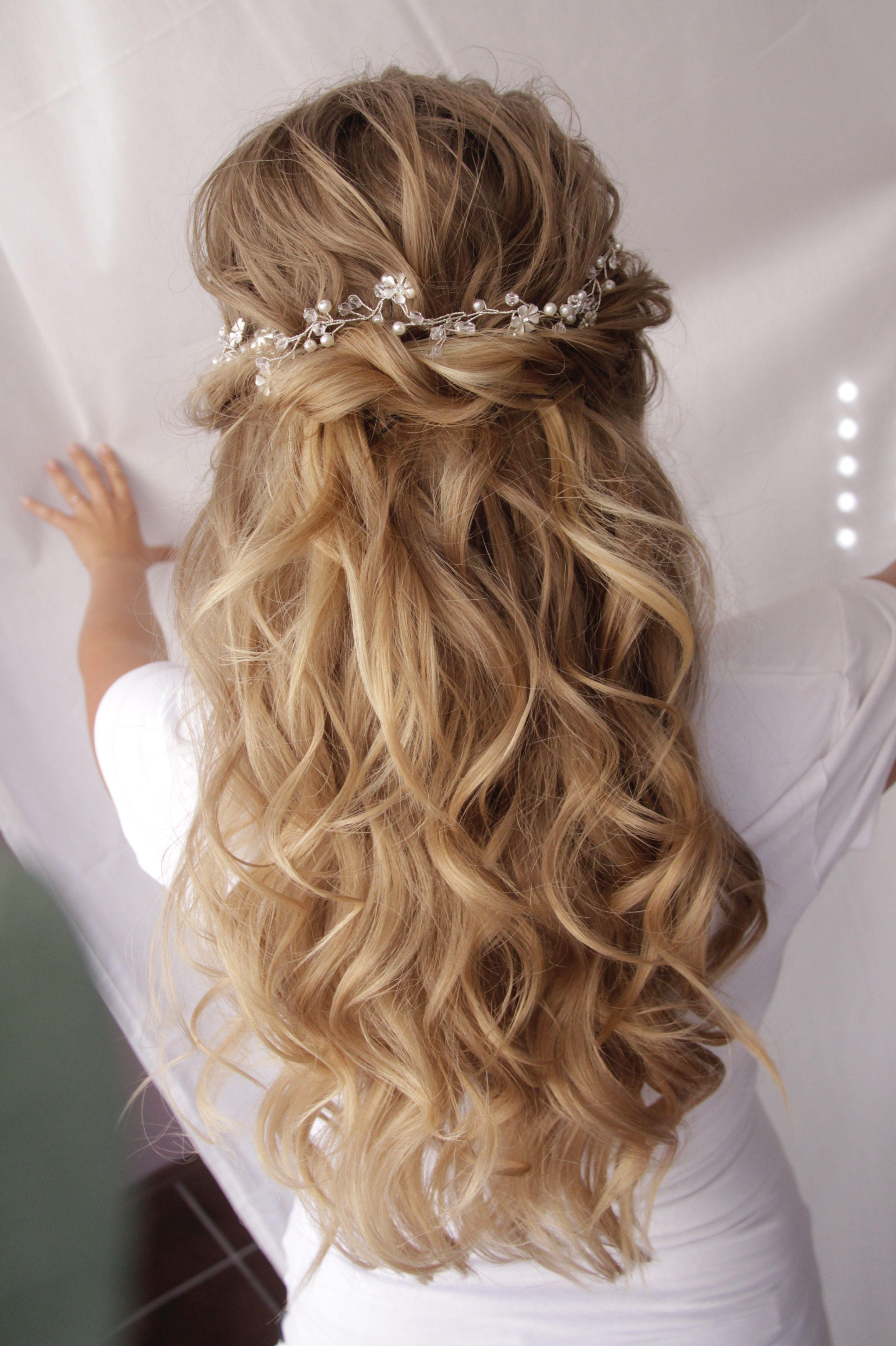 Bridal Hairstyle  Frisur trauzeugin, Frisur hochzeit, Frisur