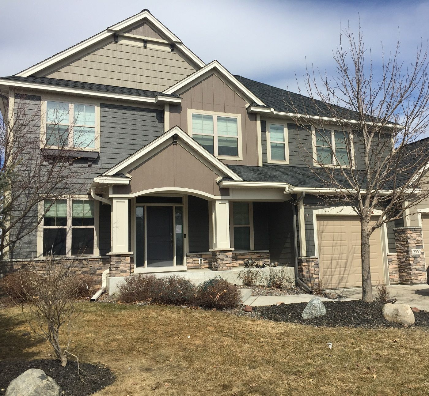 Mark Christie S Blaine Mn Roofing Siding Gutter Project House Styles Old Houses Homeowner