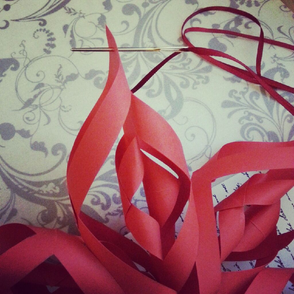 Christmas decorations using construction paper - Diy Christmas Decorations Paper Star