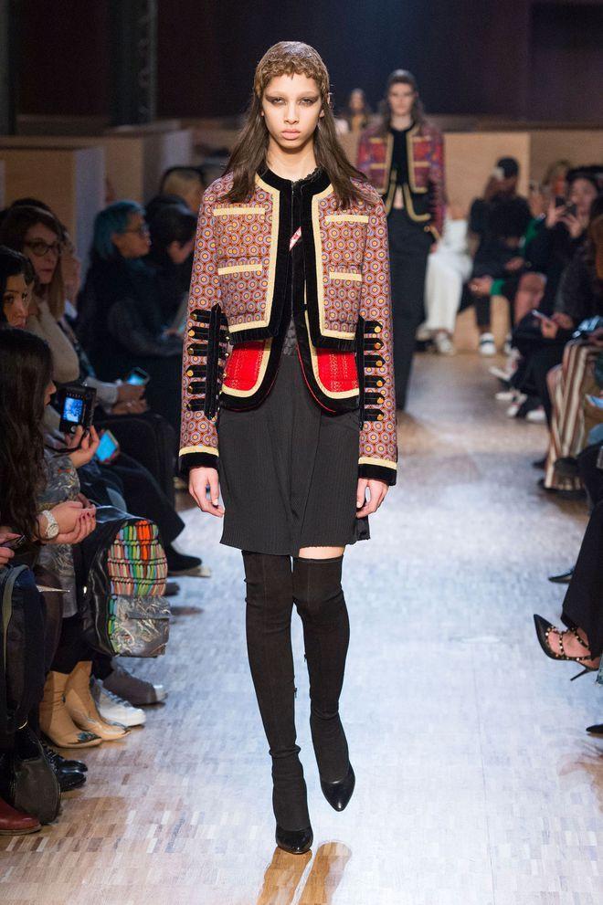 les tendances manteaux automne hiver 2016 2017 veste officier manteau hiver 2016 et manteau. Black Bedroom Furniture Sets. Home Design Ideas