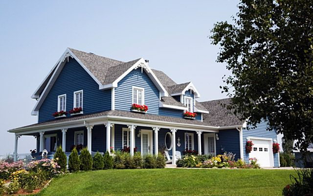 Best Blue Siding White Trim Red Flowers Pretty The Great 400 x 300