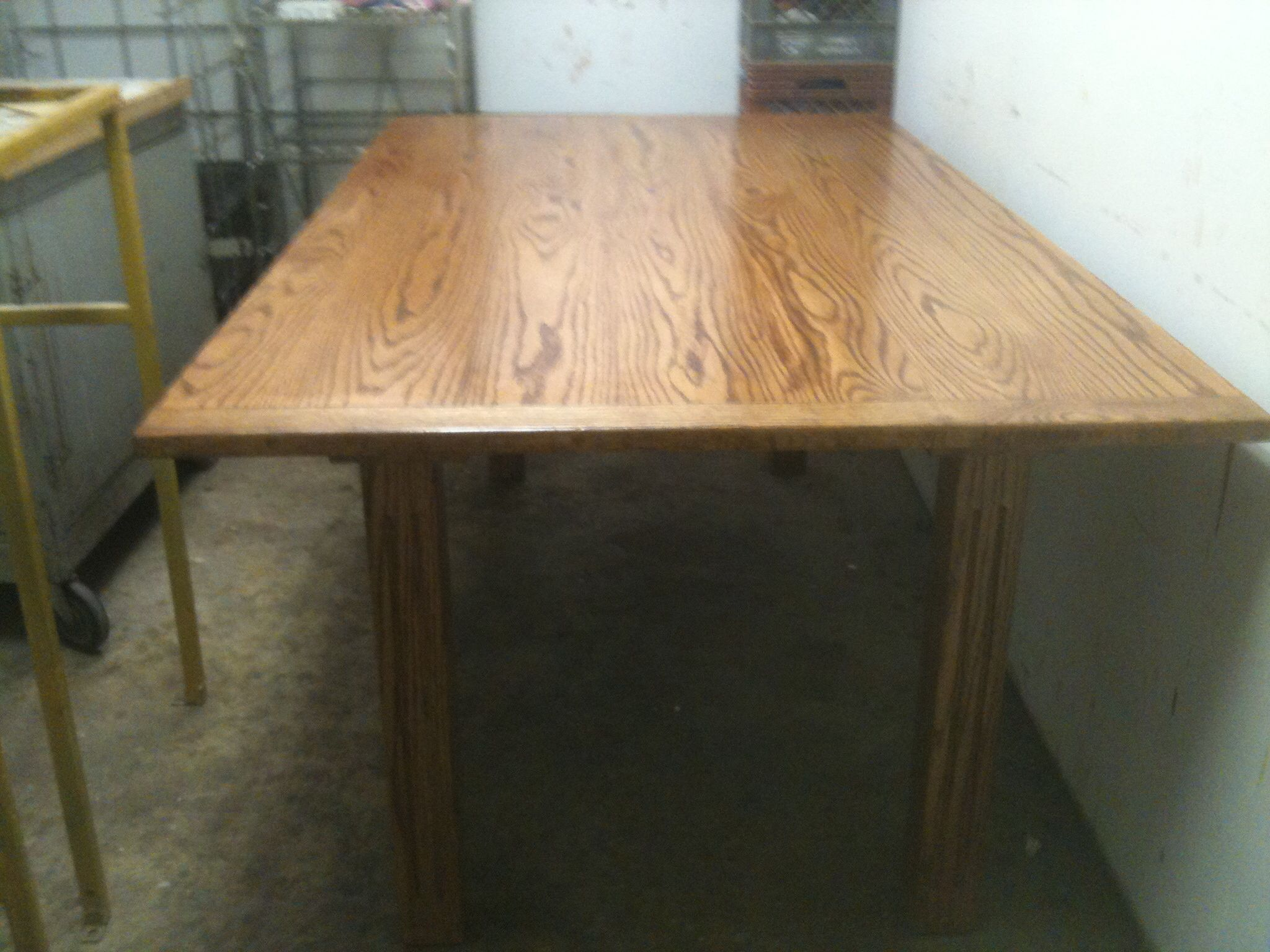 """Oak Dining Room Table w Fluted Legs 42""""X72"""" Finished in Lacquer $350.00"""