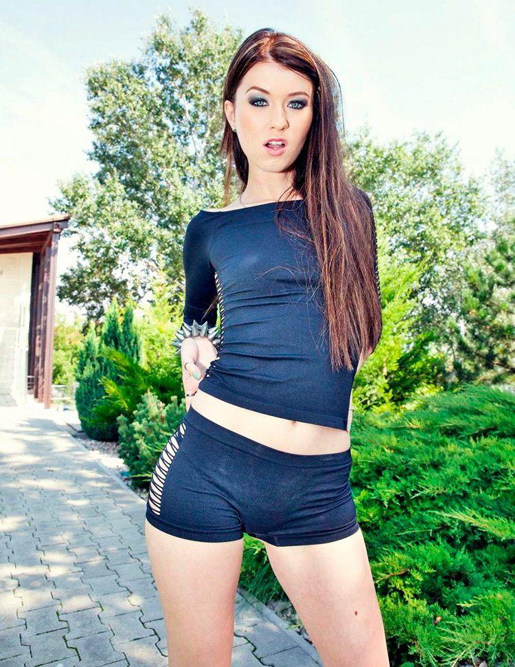 Hot Spanish Girl Porn