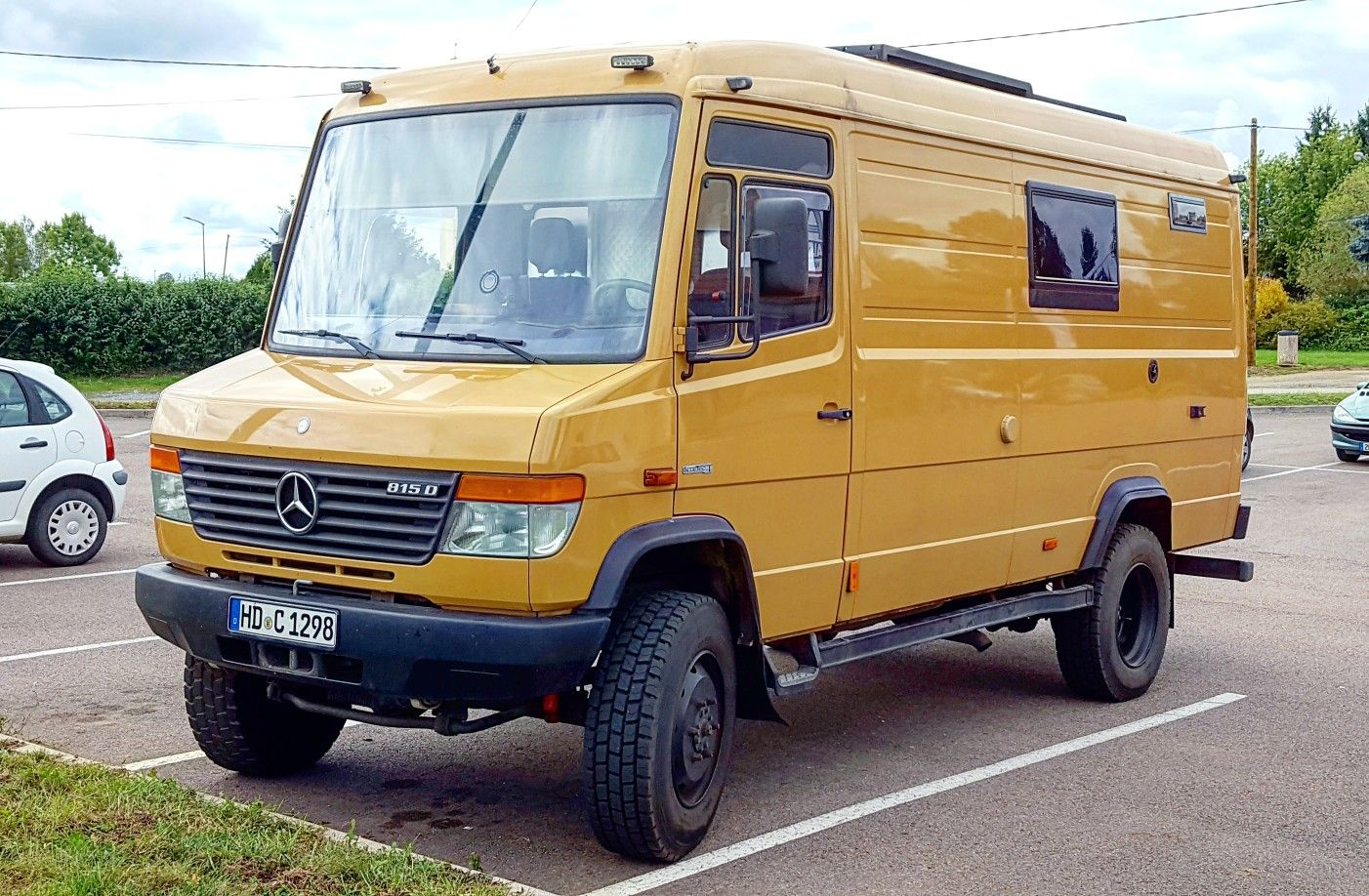 Mercedes Vario 4x4 Expedition Camper Van | Reisemobil ...