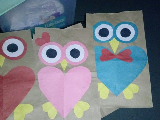 Valentine 39 s day bags preschool arts and crafts for Preschool crafts for february