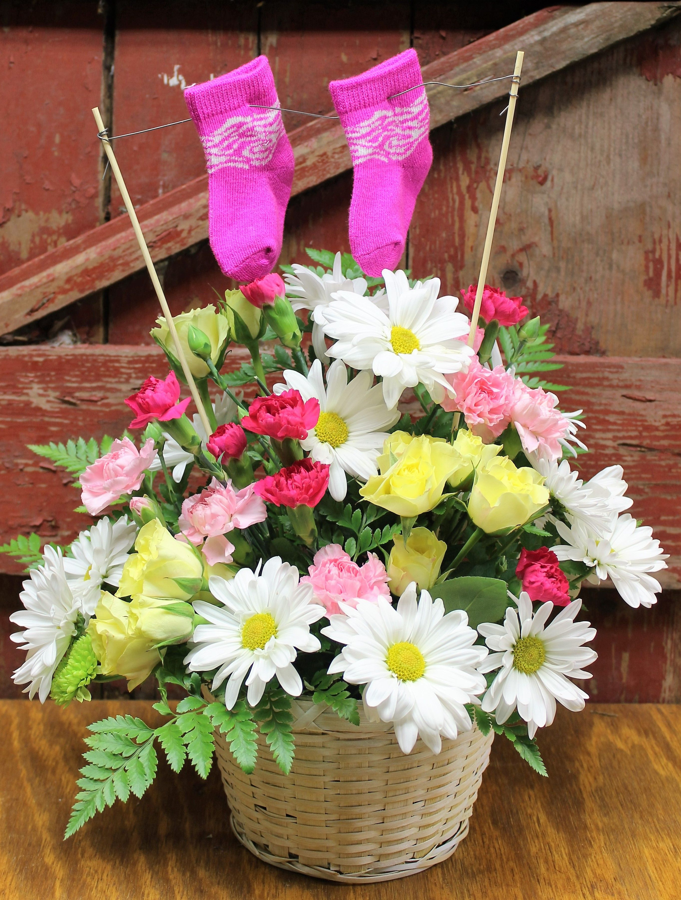 A cute baby flower arrangement to welcome her into this world a cute baby flower arrangement to welcome her into this world izmirmasajfo