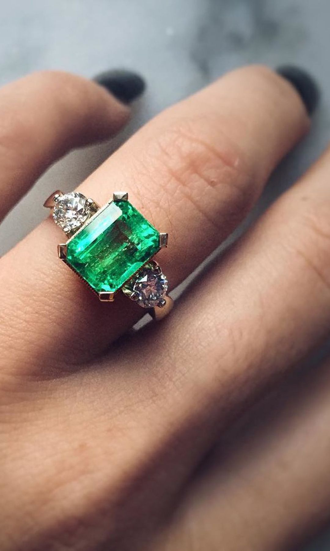 center sides princess emerald engagement cut estate ring