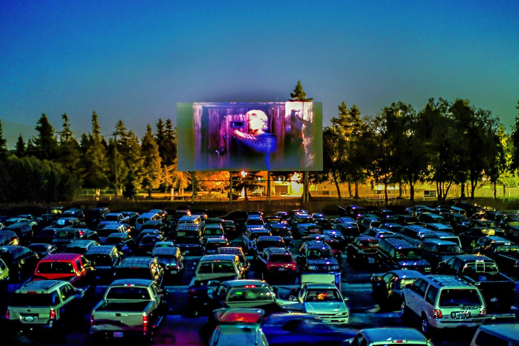 Drive In Movie Theaters Near Philly Family Movie Nights And Outdoor Cinemas Open Now In 2020 Drive In Movie Theater Drive In Cinema Drive In Movie